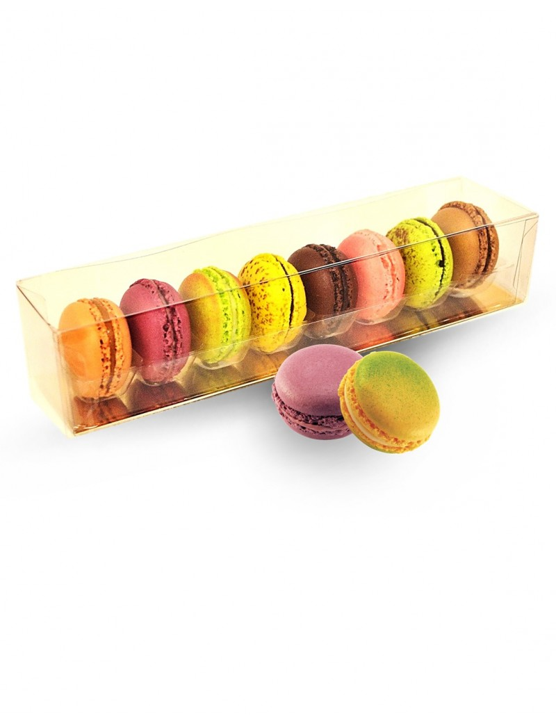 8 macarons