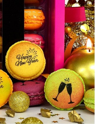 Happy New Year - macarons