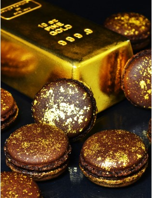gold 25 macarons or